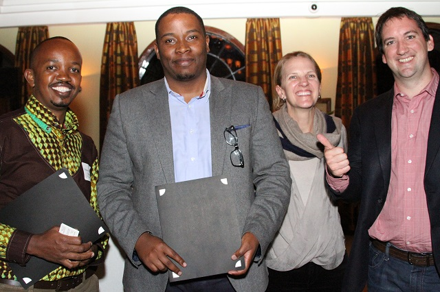 Munyutu Waigi of Umati Capital receives the Zambezi Prize.